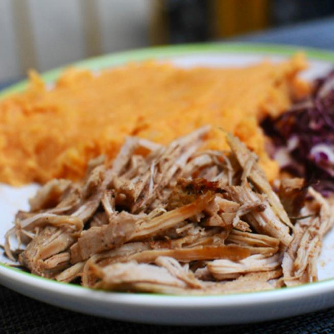 Omlós és ropogós cafatos hús: így készül a tökéletes pulled pork