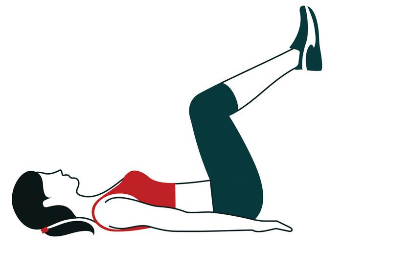 A térdfelhúzás egyaránt serkenti a keringést és a belek munkáját. Először az egyik, majd a másik térdedet húzd gyengéden a mellkasod felé tíz másodpercig, majd váltogasd a lábaidat egy percen keresztül.