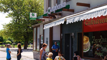 Kivonulhat az OTP Szlovákiából