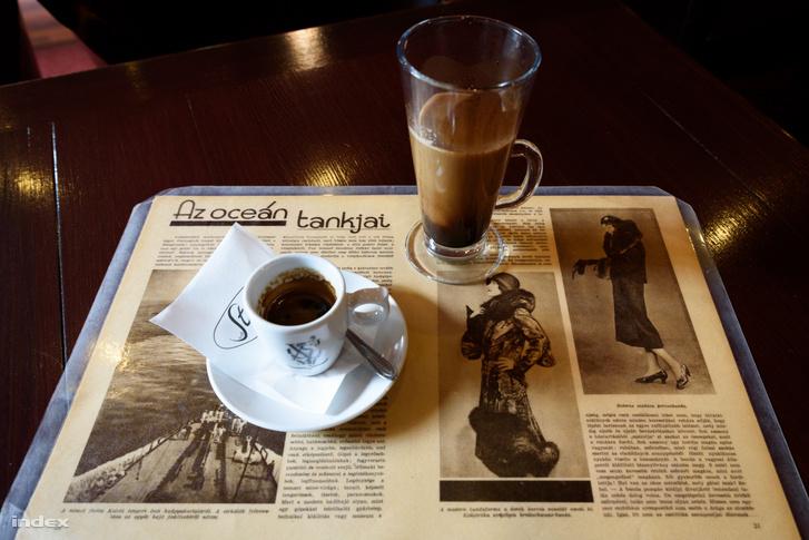 Fekete Sas Kávéház, Hódmezővásárhely