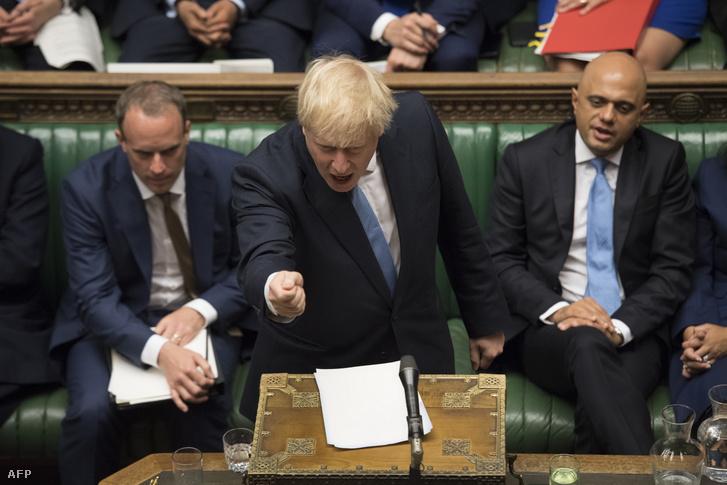 Boris Johnson beszél a brit parlamentben 2019. július 25-én