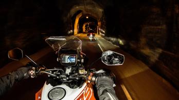 Radaros tempomatot kaphat a KTM 1290 Super Adventure