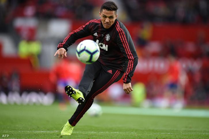 Alexis Sanchez melegít a Manchester Unitednél