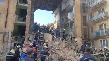 Nyolcan meghaltak, amikor beomlott egy ukrán társasház