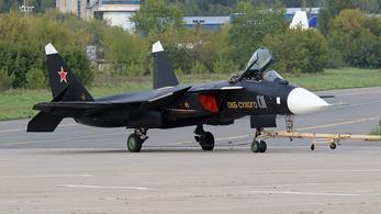 12 év után bukkant fel újra egy kísérleti orosz vadászgép egyetlen példánya