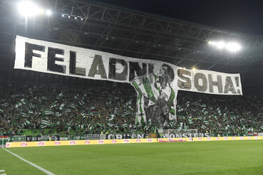 Ferencvárosi szurkolók a labdarúgó Európa-liga 4. fordulójában játszott Ferencváros-FK Suduva (litván) visszavágó mérkőzésen a Groupama Arénában 2019. augusztus 29-én