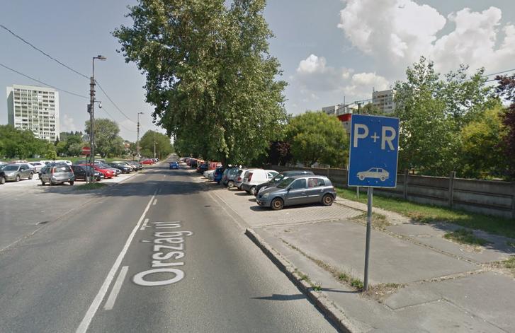 P+R parkolók a békásmegyeri HÉV állomásnál