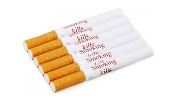 Minden egyes szál cigarettára tennének figyelmeztetést