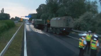 Előkerült egy videó a balesetet szenvedett katonai konvojról