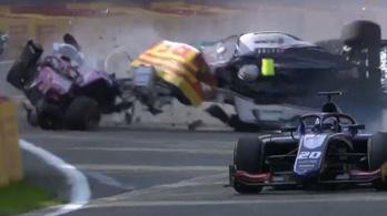 Halálos baleset a Formula-2-ben, elhunyt Anthoine Hubert