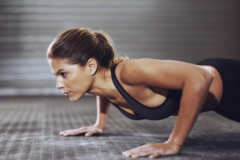 Extra hatékonyan égetik a zsírt: 8 otthoni gyakorlat, amit muszáj beépítened a napi edzésedbe