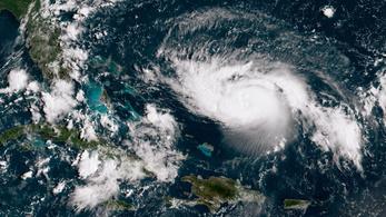 Elérte a legdurvább, 5-ös erősséget a Dorian hurrikán