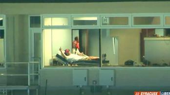 Kórházi ágyából vezette csapatát az amerikaifocis edző