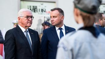 A náci önkényuralomért kért bocsánatot a német államfő a lengyelektől