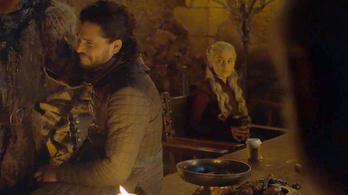 A Trónok harca alkotói szerint igazából vicces volt otthagyni a kávés poharat