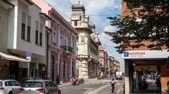 A Fidelitasnak pont Szegeden fáj a dugó