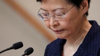 Hongkong kormányzója lemondana, ha tehetné