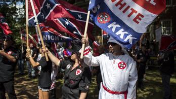 Nem lehet PayPal-en pénzt gyűjteni a Ku Klux Klannak