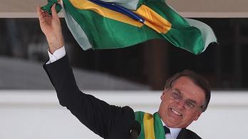 Bolsonaro nem megy el az amazóniai tüzekről rendezett csúcstalálkozóra