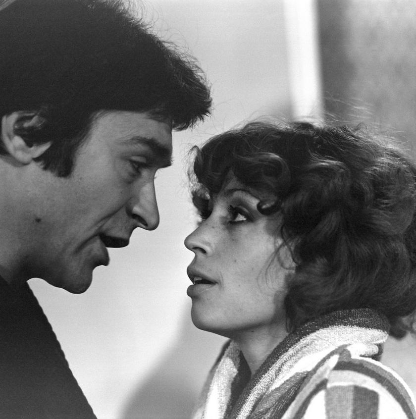 Lukács Sándor és Pálos Zsuzsa az 1979-es Házimozi című tévéfilm egyik jelenetében.