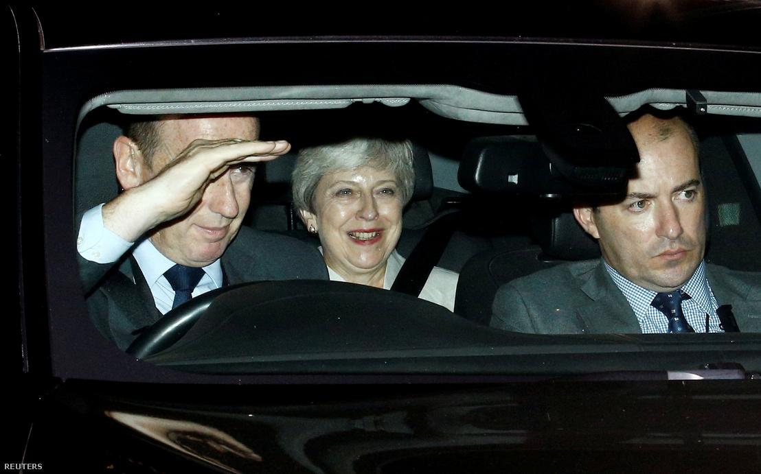 Theresa May távozóban a brit alsóházból kedden este