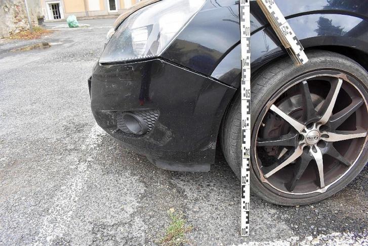 Az autó, amiben M. Róbert Bence kárt okozott kedden 2 óra 30 perckor