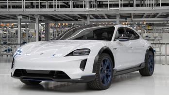 Már a Porsche is gyárt elektromos autót
