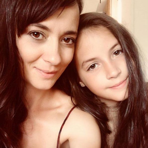 Farkasházi Réka ezzel az anya-lánya fotóval köszöntötte fel Rebekát névnapja alkalmából szeptember 2-án.