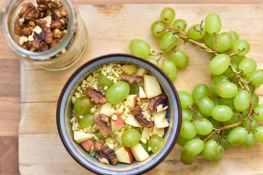 szőlős-almás-bulgur - 1 copy