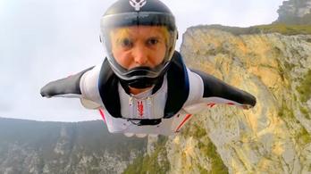 Wingsuittal hegynek csapódott és szörnyethalt a NASA kutatója