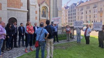 Vitára hívta ki a fideszes polgármestert Baranyi Krisztina