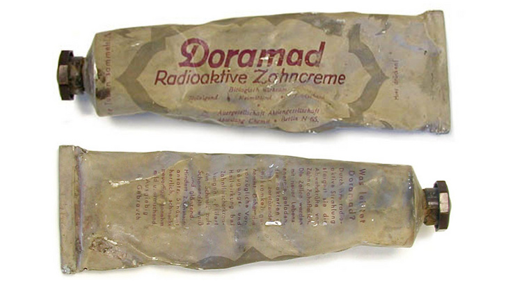 Doramad rádióaktív fogkrém (kb. 1940-1945)