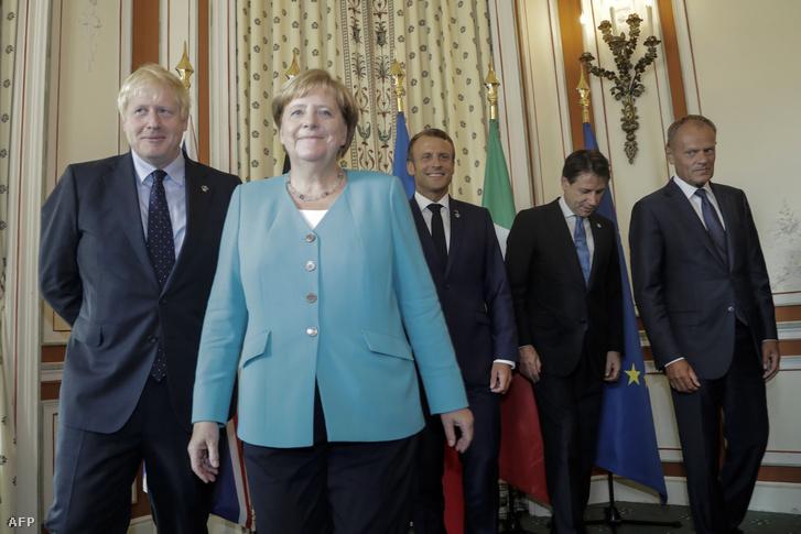Boris Johnson legutóbb a G7 találkozón augusztus 24-én volt együtt Angela Merkellel, Emmanuel Marconnal, Giuseppe Contéval és Donald Tuskkal