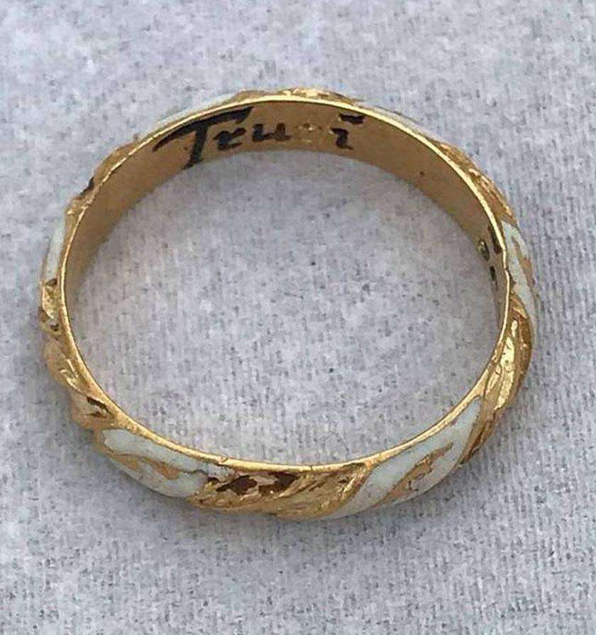 A gyűrű.
