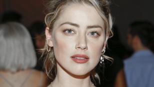 Amber Heard levetkőzte minden gátlását egy fotós előtt