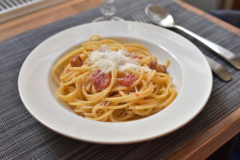 Spaghetti amatriciana, az olaszok szalonnás-paradicsomos tésztája