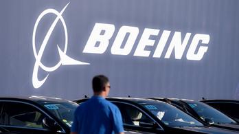 Kirobbant a csomagtér ajtaja, újabb típus tesztjeit függeszti fel a Boeing