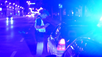 Illegális gyorsulási versenyek miatt razziáztak a rendőrök több budapesti kerületben