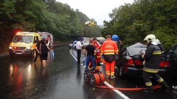 Miattuk jobb ez a világ, írta a mentős arról a hat civilről, aki segített a váci halálos balesetnél