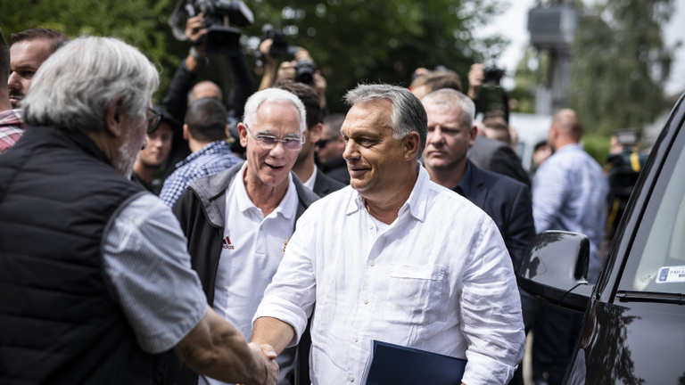 Orbán divulges plans to Fidesz's elite: Nation-building, a weakening Germany, and rights of same-sex couples