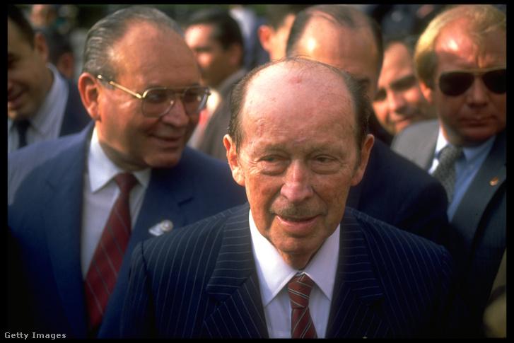 Alfredo Stroessner 1988-as New York-i látogatása során.