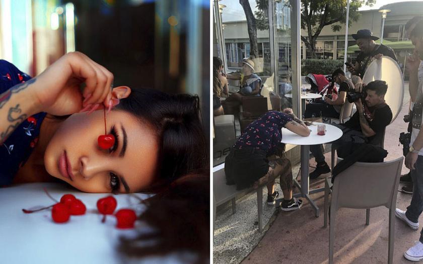 A romantikus, cseresznyés fotóhoz egy kényelmetlen póz és egy megkérdőjelezhető tisztaságú asztallap kellett.