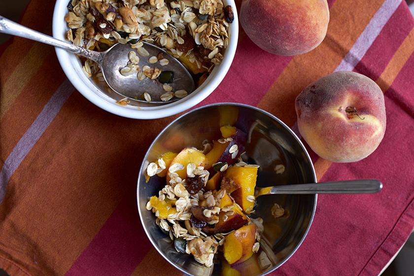 Ropogós, müzlis sült gyümölcs reggelire – Eléggé addiktív