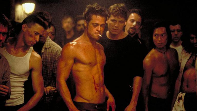 Húsz éve csodáljuk Brad Pitt véres hasizmait