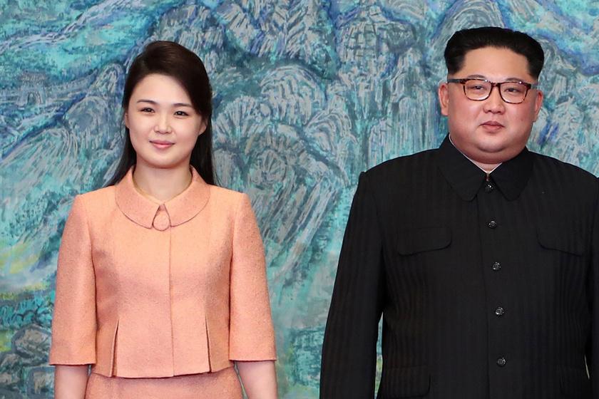 Kim Dzsongun titokzatos felesége: a 29 éves szépség szigorú szabályok között él