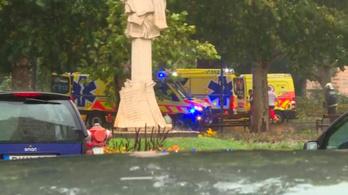 Platánfa szakadt három fiatalra a szegedi Széchenyi téren