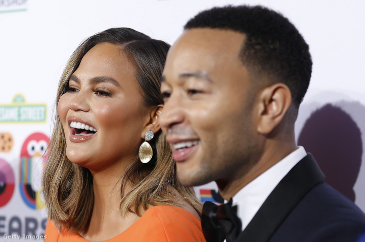 Chrissy Teigen és John Legend
