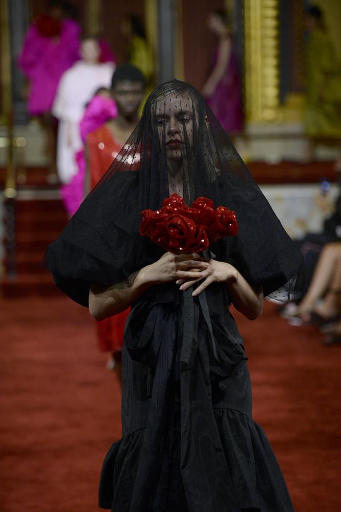 A halott menyasszony élőszereplős változatának castingjáról is idetévedt valaki...