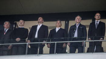 Orbán a korábban magyarellenes szlovák párt elnökével együtt nézte a meccset a lelátón
