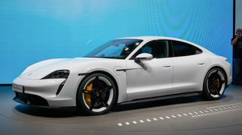 A Taycannal lesz végképp divatos a Porsche